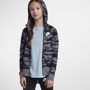 Nike Big Girl's Sportswear Camo Hoodie, Sz M NWT